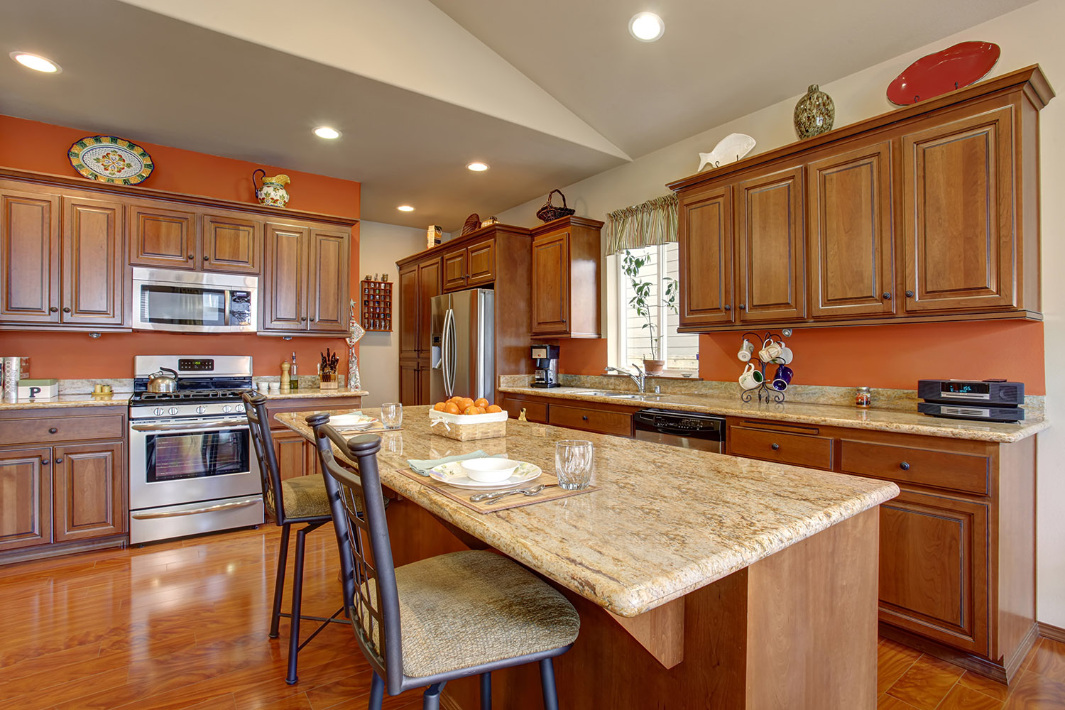 Kitchen cabinets chattanooga kitchen cabinet refacing for Local kitchen remodeling
